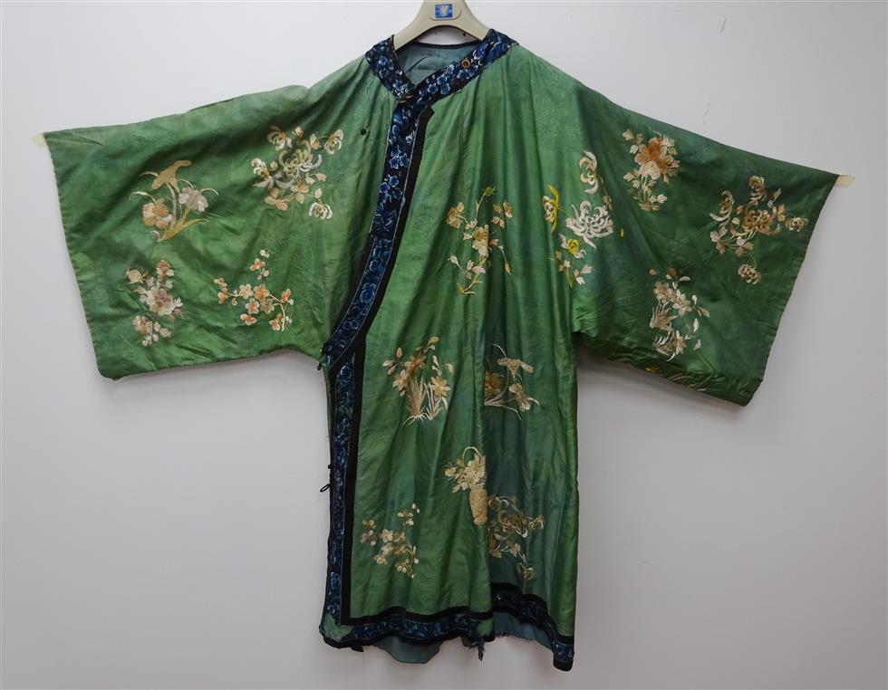 19th century Chinese silk robe