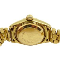 Rolex Oyster Perpetual Datejust ladies automatic 18ct gold bracelet wristwatch, circa 1989, model No. 69178, serial No. L395850, boxed