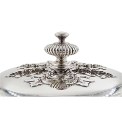 Edwardian Britannia silver twin handled lidded cup, in the late 17th Century style, with applied stylised acanthus leaf decoration by George Fox, London 1903, approx 79.5oz, height 24cm