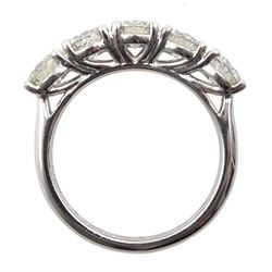 Platinum five stone round brilliant cut diamond ring hallmarked, total diamond weight approx 2.10 carat