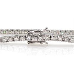 White gold diamond line bracelet, stamped 18K, total diamond weight 2.75 carat