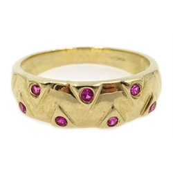 9ct gold pink stone set ring, hallmarked