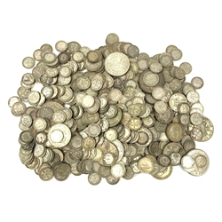 Approximately 900 grams of pre 1947 Great British silver coins including half crowns, many threepence pieces etc