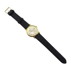 International Watch Company Schaffhausen gentleman's 18ct gold, automatic wristwatch No.1493423, cal.8531, pie pan dial with date aperture, hallmarked, on black leather strap