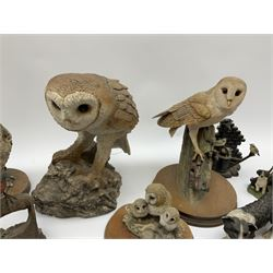 Four figures from the Leonardo Collection, including Spaniel, Border Collie, Nature Studies and farmyard friends, a collection of figures including three owls a robin and a selection of farmyard scenes