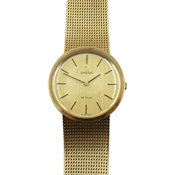 Omega De Ville gentleman's 9ct gold bracelet wristwatch, London 1973, No.35268008, boxed with papers