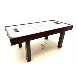 Jaques London - Air hockey table