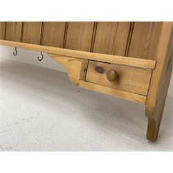 Solid pine plate rack with two spice drawers